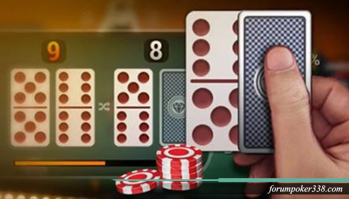 Bermain kartu domino itu mudah
